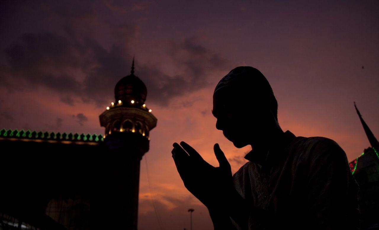 عکس روز: دعای مسلمان هندی