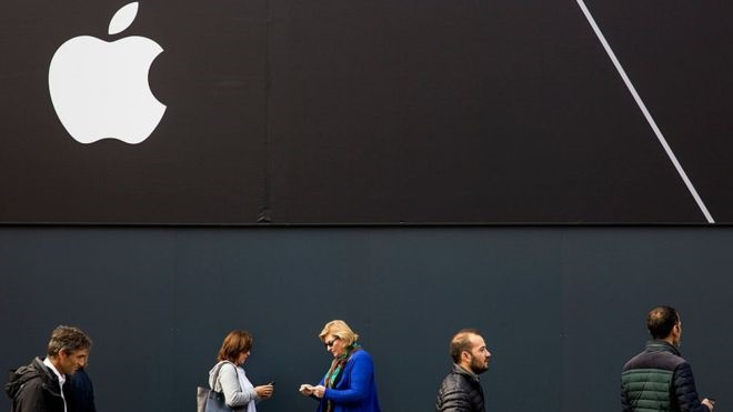 کاهش فروش آیفون در آستانه رونمایی از آیفون جدید