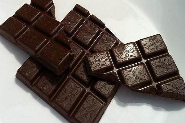فواید شکلات تلخ در ایجاد حس آرامش