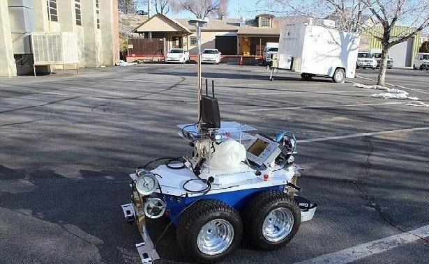 ساخت روبات خودکار برای بررسی پلهای آسیبدیده