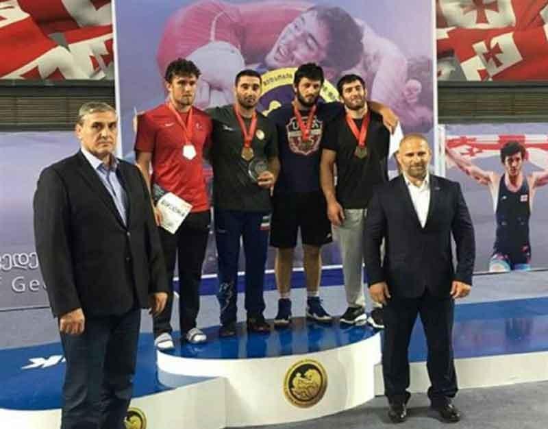 کشتی  جایزه بزرگ گرجستان؛ گلیج طلایی شد/ اکبری و حسینی برنز گرفتند