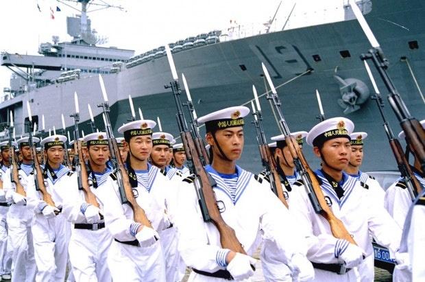 تمرین مشترک ناوهای نیروی دریایی ارتش ایران و چین آغاز شد