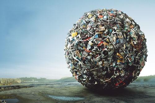 ما کارخانهی تولید زباله؟!