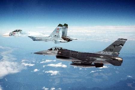 تقابل مسلح سوخو ۲۷ روسی با اف ۱۶ ناتو