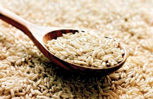 چرا باید برنج قهوهای خورد؟