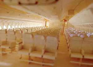 ۹ سال ساختن هواپیمایی کاغذی