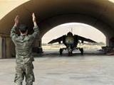 آمادهباش در فرودگاههای نظامی سوری