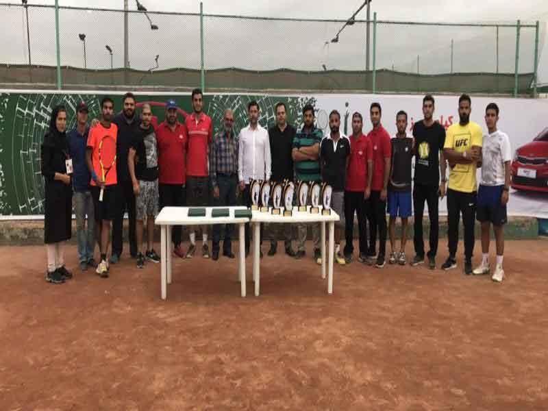 حسام یزدی فاتح مسابقات تنیس جایزه بزرگ کیاموتورز شد