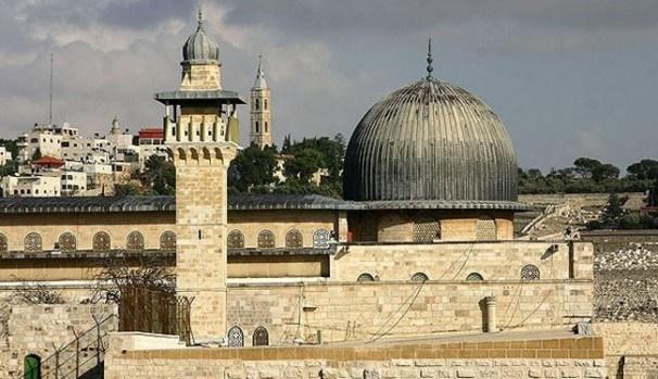 شهادت سه فلسطینی و هلاکت دو صهیونیست در درگیری مسلحانه مسجد الاقصی