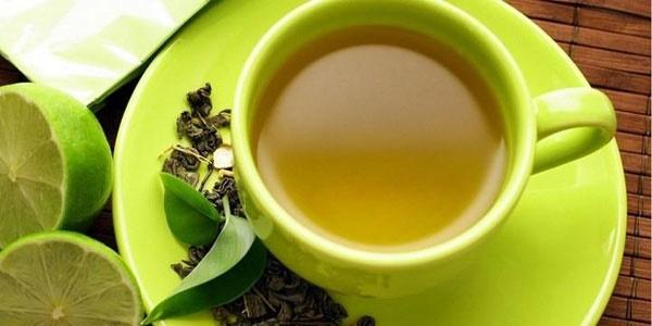 ۱۰ دلیل خوب برای نوشیدن چای سبز