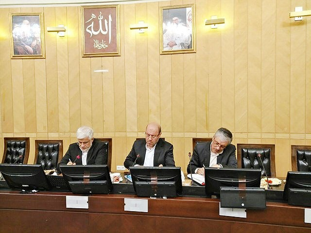 نشست فراکسیون امید مجلس با وزیر دفاع