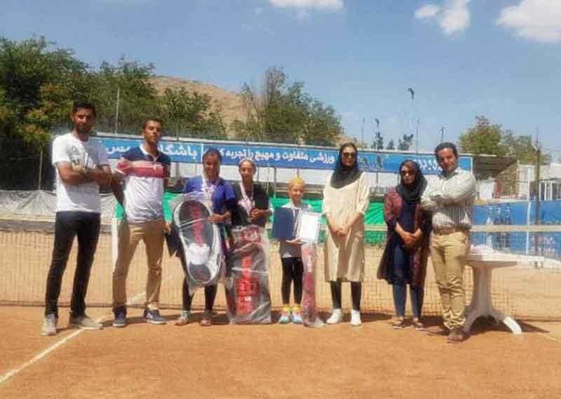 با معرفی نفرات برتر، مسابقات تنیس ردههای سنی دختران به پایان رسید