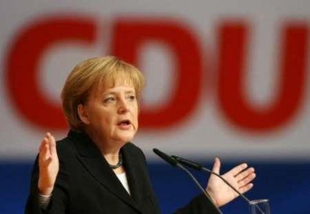 حزب مرکل پیشتاز نظرسنجی های انتخابات پارلمان آلمان