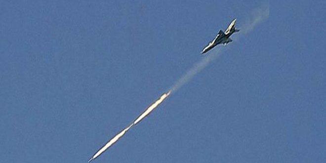 حمله هوایی ارتش سوریه به مواضع داعش | ۱۸ تروریست به هلاکت رسیدند