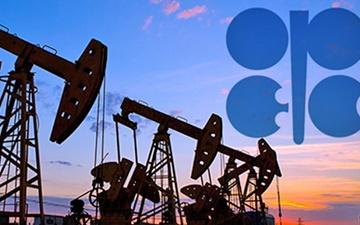 توافق کاهش تولید را باید تمدید کرد | بهبود قیمت نفت تا سال ۲۰۱۸