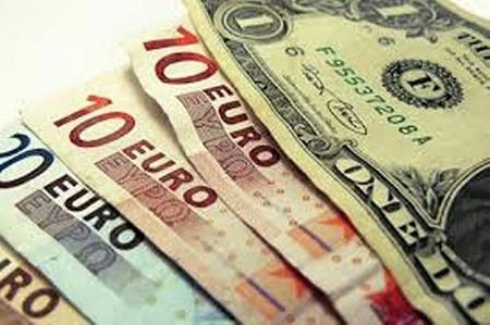 دوشنبه ۹ مرداد | رشد قیمت ۲۵ ارز بانکی و افت یورو