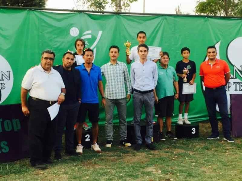 تور تنیس زیر ۱۴ سال آسیا؛ زنجانی و تارینیان جام قهرمانی را بالای سر بردند