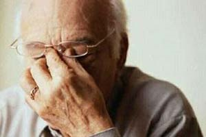 """هزینه مراقبت از بیمار آلزایمری بالاست   سند ملی """"دمانس"""" تصویب شود"""