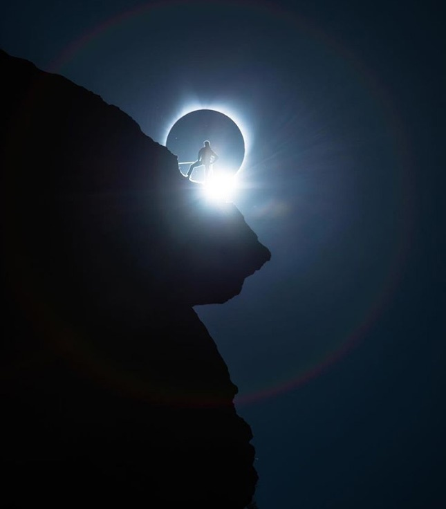 تصاویری از خورشیدگرفتگی کامل در آمریکا