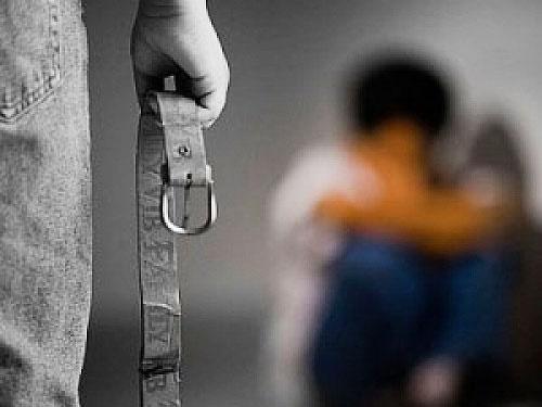 اطلاع ندادن کودک آزاری جرم است