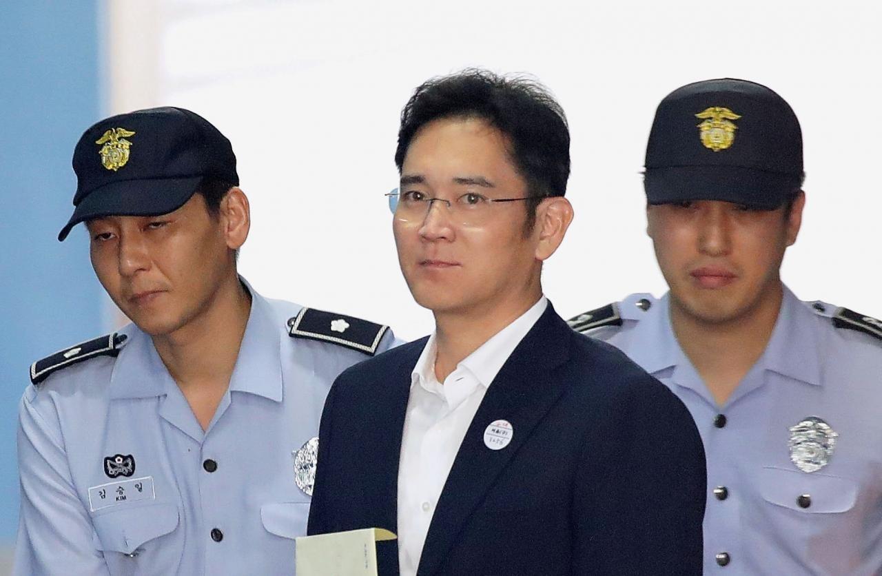رییس سامسونگ  به جرم پرداخت رشوه به پنج سال زندان محکوم شد