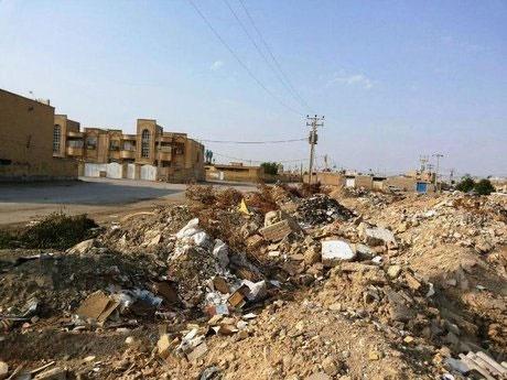 نخالههای ساختمانی در خرمآباد رها شدهاند