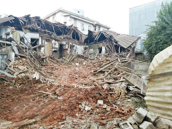 تداوم سناریوی تخریب بناهای تاریخی از گیلان تا خوزستان