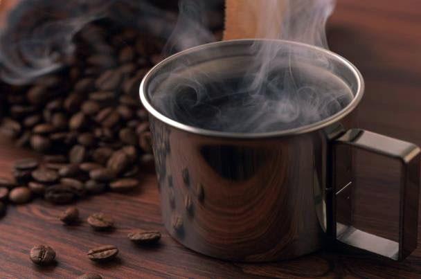 نوشیدن روزانه ۴ فنجان قهوه موجب افزایش طول عمر میشود