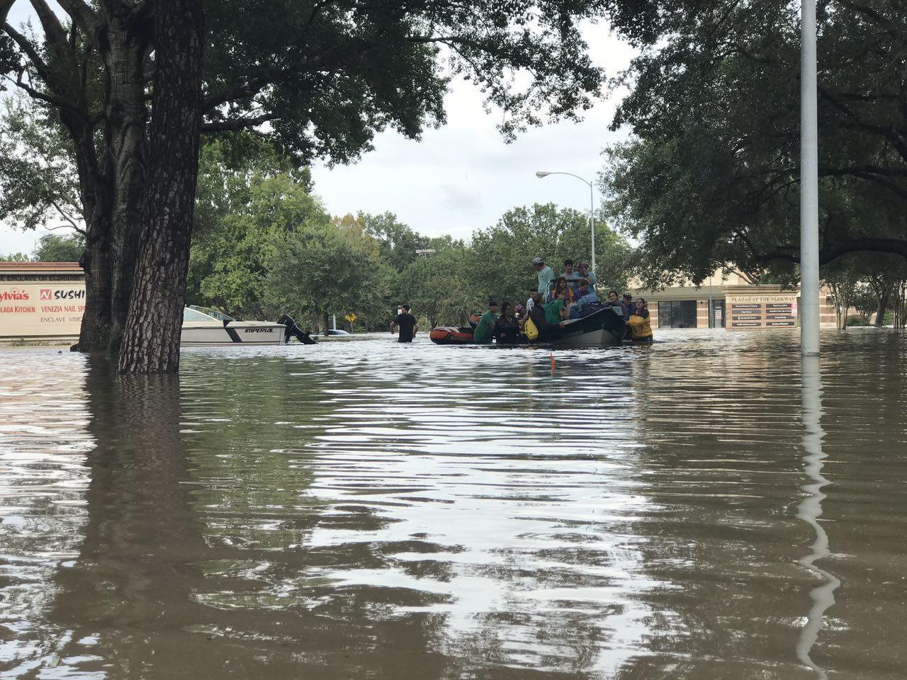 برقراری حکومت نظامی در هیوستون تگزاس