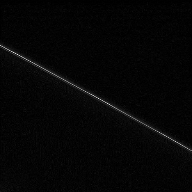 خودکشی کاسینی به روایت تصویر