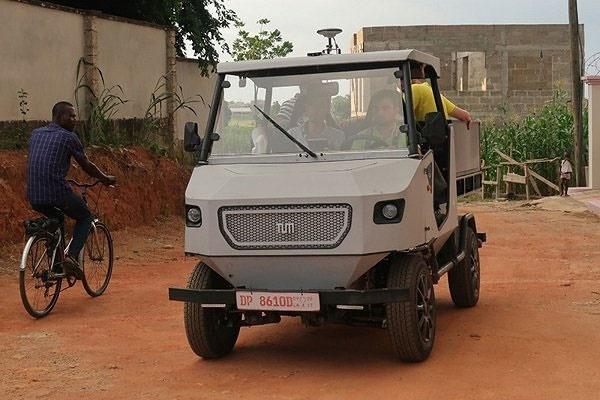 تولید خودروی برقی ارزان ویژه جادههای روستایی آفریقا