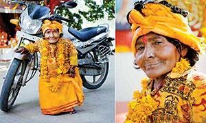 پرستش زنی کوتاهقد در هند