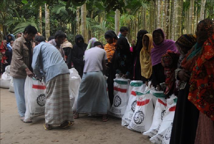 دومین محموله کمک های بشر دوستانه ایران برای مسلمانان میانمار ارسال شد
