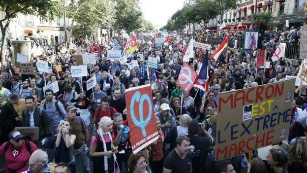 تظاهرات دهها هزار فرانسوی علیه سیاستهای کارگری ماکرون