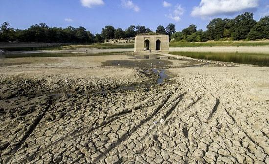 تداوم خشکسالی و برداشت بیش از حد، عباس آباد را خشک کرد