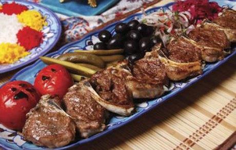 جذابیت غذا در جذب گردشگری مغفول مانده است | شناسایی ۲۵۲۰ نوع غذا در ایران