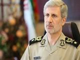 وزیر دفاع:ایران برای تولید انواع تسلیحات دفاعی از هیچ کشوری اجازه نمیگیرد