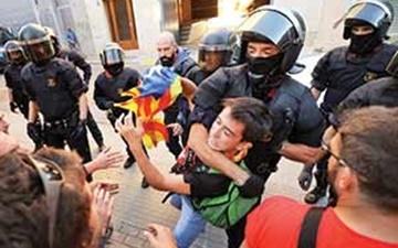 بازداشت مقامهای محلی کاتالونیا پیش از همهپرسی