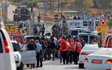 کشته شدن سه نظامی صهیونیست در عملیات استشهادی جوان فلسطینی