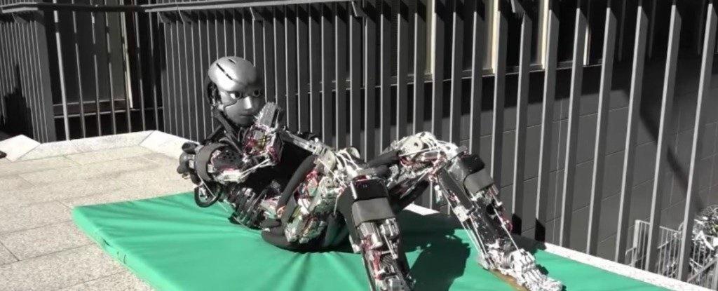 روبات ورزشکاری که عرق میکند