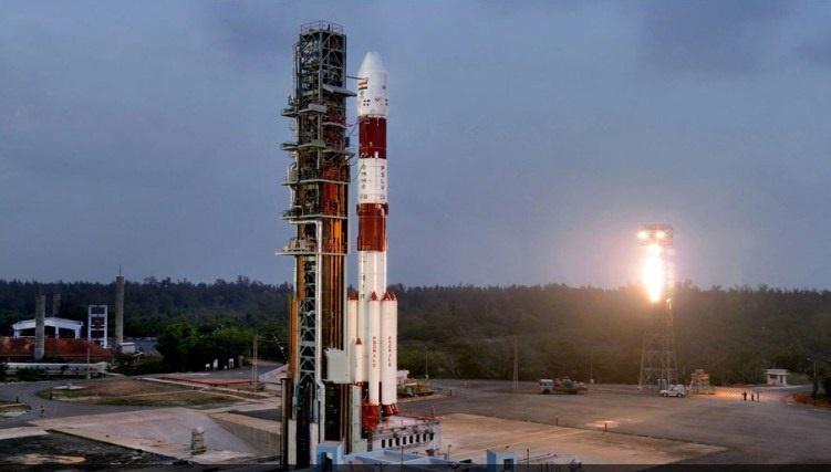 هند صدمین ماهواره خود را با موفقیت به فضا پرتاب کرد
