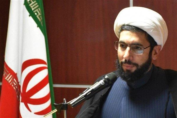 حجتالاسلام و المسلمین مصطفی رستمی
