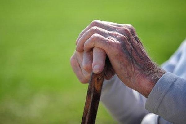 اضطراب نشانه اولیه بیماری آلزایمر در سالمندان