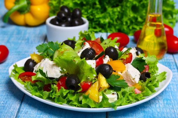 گیاهخواری بدون مصرف تخممرغ و لبنیات عارضه دارد