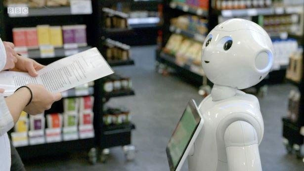 اخراج ربات فروشنده به دلیل بیکفایتی