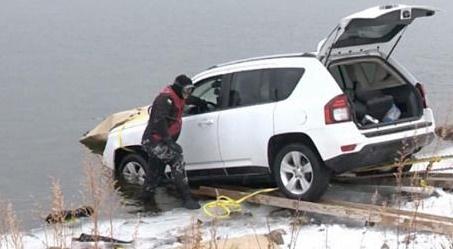 اپلیکیشن ویز راننده خودرو را به درون دریاچه فرستاد