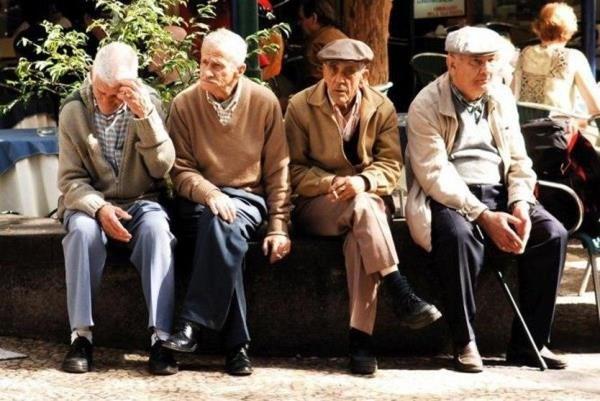 علائم استرس دوران سالمندی   نکات طلایی برای سلامت سالمندان
