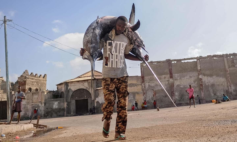 عکس روز: مرد ماهیگیر