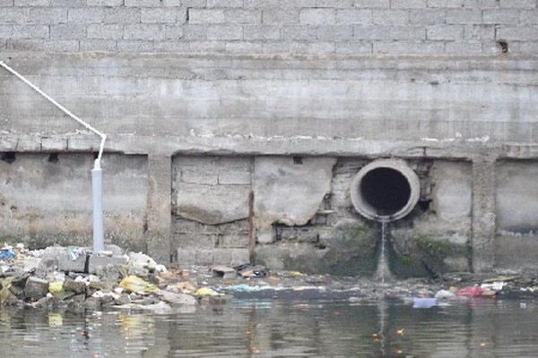 ورود فاضلاب خانگی به آب یکی از معضلات رودخانههای شمال کشور