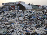 موجی از زباله در ساحل لبنان